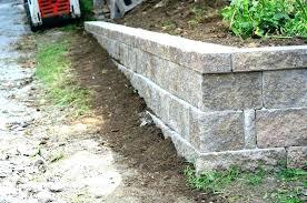 cinder block retaining wall concrete block retaining walls home designs insight building image 3 cinder block