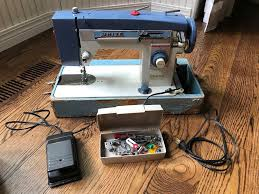 White Sewing Machine Model 265 Value