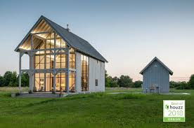 Modern Barn Home Designs A Modern Barn Home With A Glass Wall Kimmel Studio Architects