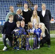 Peter und Kasper Schmeichel: Wie sie Leicesters Titel feiern - WELT