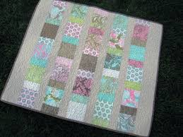 10 Easy Quilt Tutorials for Spring   Sew Mama Sew & Charm Squares Baby Quilt Adamdwight.com