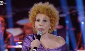 Sanremo 2020, Ornella Vanoni massacra Junior Cally: