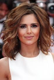Medium Short Hairstyles Thick Hair Short Medium Haircuts For Thick