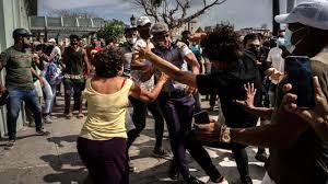 Demonstrators in Havana protest ...