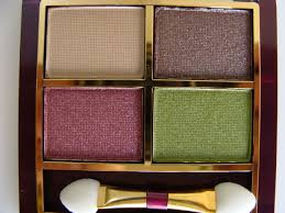everything is from lakme collection kit
