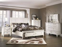 Prentice White 6 Pc. Queen Sleigh Storage Bedroom Collection