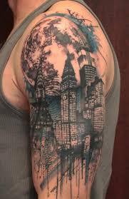 Tetování S Pocitem Na Rameni Mužů Vlastnosti Tetování Mužského Ramene