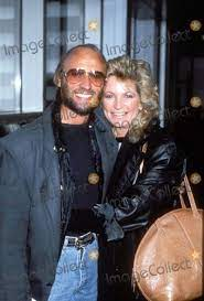 Maurice Gibb Wife | ... Maurice Gibb of the Bee Gees with Wife Photo by  Alpha/Globe Photos Inc | Bee gees, Barry gibb, Andy gibb
