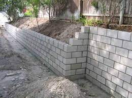 outdoor patio ideas cinder blocks