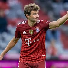 Thomas Muller unofficially promoted to player-coach of Bayern Munich -  Bavarian Football Works