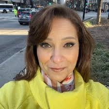 Leah Hope Bio, Age, Wiki, Husband, Weight Loss, ABC 7 Chicago, Salary