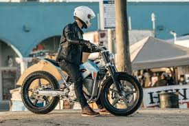 what do you want to know about alta motors electric street tracker