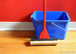 a d mop is a great way to clean a hardwood floor