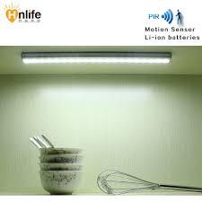 Us 2698 Led Bewegingssensor Lamp Kledingkast Verlichting Lithium Batterij Keuken Kast Lamp B020 Freeskipping In Led Bewegingssensor Lamp