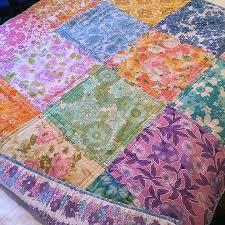 Look What I Made: Vintage Sheet Quilt No.4   Katie's Kitchen Blog & Vintage_sheet_quilt_nannas_3 Adamdwight.com