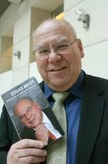 <b>Edgar Most</b> war DDR-Staatsbanker und schaffte es nach der Wende in <b>...</b> - 00909847_4C4243AD201664CABDC76A7DF58DE5B3