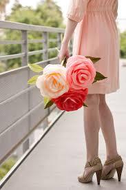 Make Crepe Paper Flower Diy Giant Crepe Paper Roses