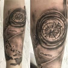 тату компас в студии Roy Tattoo узнать значение татуировки компас