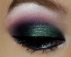 black and silver eye makeup photo 1