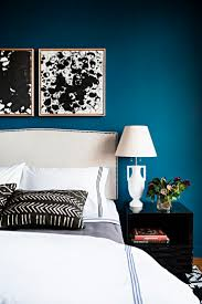 Best 25+ White wall bedroom ideas on Pinterest | Industrial bedroom  benches, Industrial bed pillows and Dark accent walls