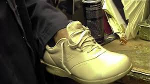 the best method to dye leather shoes