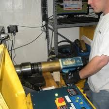 Calibration Technicians Maxpro Technicians Perform Erad Torque Wrench Calibration