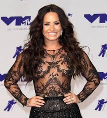 Demi Lovato transforms into Selena Quintanilla for Halloween ...