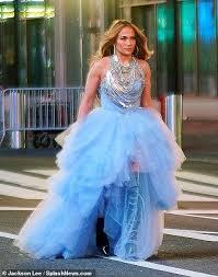 Jennifer lopez — booty ft. Jennifer Lopez Dresses Like A Disney Princess As She Takes Over Times Square Ahead Of Nye Oltnews