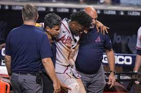 Braves outfielder tears right ACL ...