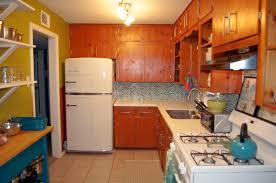 Wrap Around Kitchen Cabinets Restaining Kitchen Cabinets Around Sink All Home Ideas How To