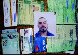 Urgente – Encontrada carteira de Carlos Lucas Lima Santos, com cartões e  R$700 em dinheiro - Sputnik Voz do Povo