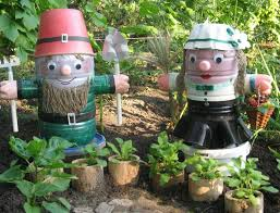 Decorated Plastic Bottles Plastic bottles crafts Ideas to reuse as garden decorations 49