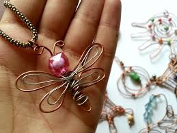 wire jewelry free tutorial with pictures on how to make a wire pendant in under