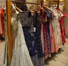Fashion Designers In Kolkata List Kolkata Lehenga Shopping Guide Frugal2fab
