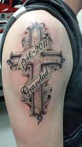 Cross Tattoo Shaded Grandad Tribute Memorial Top Arm Mens Kříž
