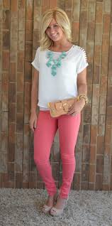 How To Wear Light Pink Pants How To Wear Pink Pants For Women 2020 Fashiongum Com