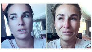 Jessie James Decker Cries Over Internet ...