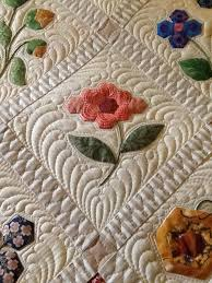 Image result for quilting feathers around applique | Machine ... & Image result for quilting feathers around applique. Machine ... Adamdwight.com