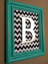 diy wall art distressed monogram frame