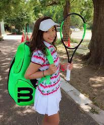 テニスをする時におすすめのヘアスタイル ヘアスタイル頭美人