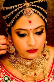 and we are back with our makeup artist series this time meet delhi based freelance makeup artist anjum bhardwaj who is known for her talent and love for