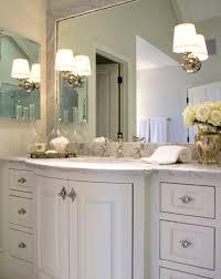 curved bathroom vanity