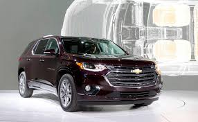 Chevy Traverse adds brawn, upscale trim, more mpg for 2018