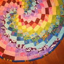 45 best images about quilt bagello on Pinterest | Fat quarters ... & Quilted table topper - Rainbow spiral Adamdwight.com