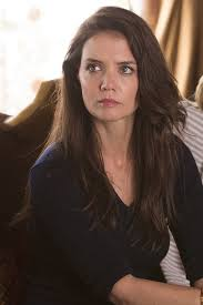 Katie Holmes Hairstyles 7 Stunning Katie Holmes Returns To TV This Sunday All About Her Ray Donovan