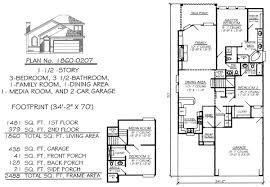 2 Story, 3 Bedroom, 3 1/2 Bathroom, 1 Family Room,