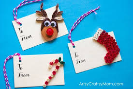DIY Paper Quilling Christmas Gift Tags - ArtsyCraftsyMom