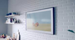 samsung tv the frame. coming in two size varieties of 55 inch and 65 the frame is designed to blend with your home decor by way being able swap out tv\u0027s samsung tv