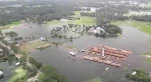 Bangladesh Flooding   Water on the Land