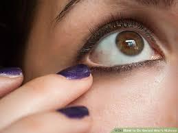 image led do gerard way s makeup step 4